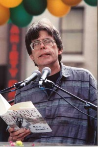 Stephen King at Rockefeller Plaza (9-27-1998). Credit: Audrey Sparkes © 1998. Photo permission and Courtesy of Stephen King.